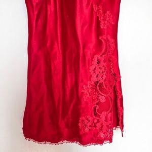Victoria's Secret Intimates & Sleepwear - Victoria's Secret satiny slip